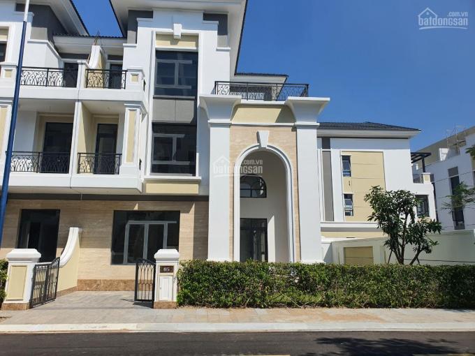 Bán biệt thự Verosa Park Khang Điền, Quận 9, DT 8x30m, giá 27 tỷ ảnh 0