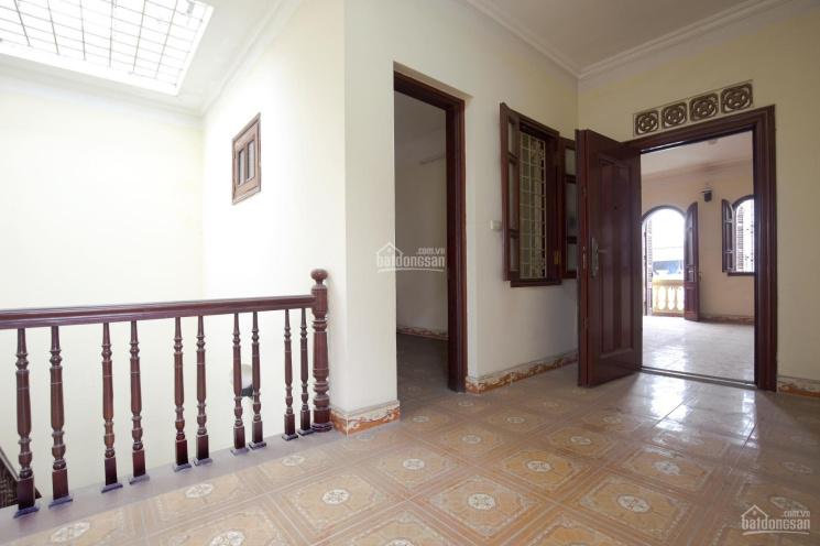 Bán gấp nhà biệt thự 5T Trích Sài, Võng Thị, DT 200m2, MT 7m. Nhà lô góc 2 mặt ngõ ô tô vào, giá rẻ ảnh 0