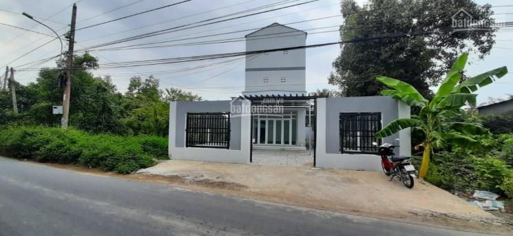 Bán nhà yến mặt tiền Nguyễn Thái Bình, TP Rạch Giá