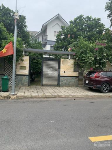 Bán biệt thự Phú Hữu, giáp Quận 2, 445m2 giá 22.5 tỷ ảnh 0
