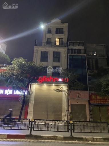 Cho thuê nhà mặt phố Tôn Đức Thắng 145m2x4 tầng, 200tr/th, có thang máy ảnh 0