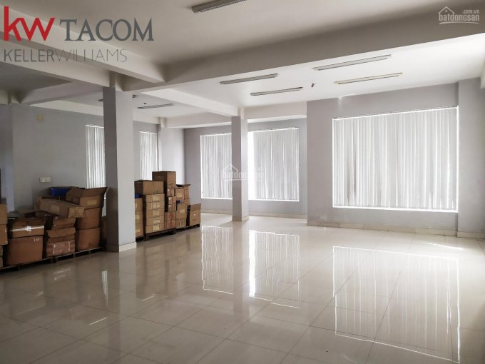 Cho thuê tòa nhà văn phòng ngay siêu thị Lotte phường Long Bình, Biên Hòa, tổng DT sử dụng 1000m2 ảnh 0