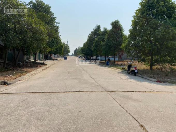Cần bán lô đất đầu cổng NE8, gần siêu thị GS Hàn Quốc Mỹ Phước 3, dân cư đông đúc