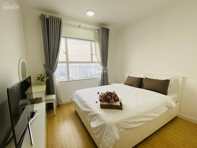 Bán căn hộ Sunrise City Central 2PN 2WC view đông full nội thất, giá 3.6 tỷ còn thương lượng lộc ảnh 0