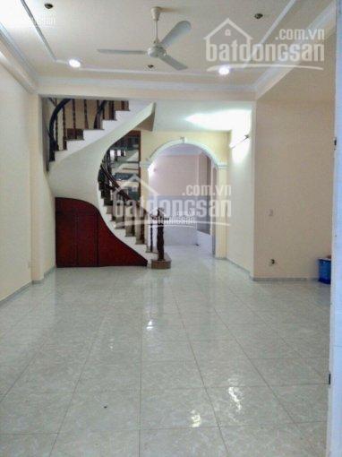 Chính chủ cho thuê gấp nhà 2 lầu ngay sát MT Hoàng Văn Thụ, P4, 6x13m (chỉ 22tr/th) ảnh 0