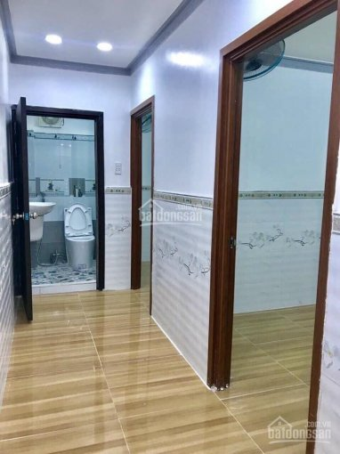 Kẹt tiền lo làm ăn bán lỗ căn nhà 85m2 = 5x17m đường Tân Xuân, Hóc Môn giá TT 920tr, sổ riêng ảnh 0