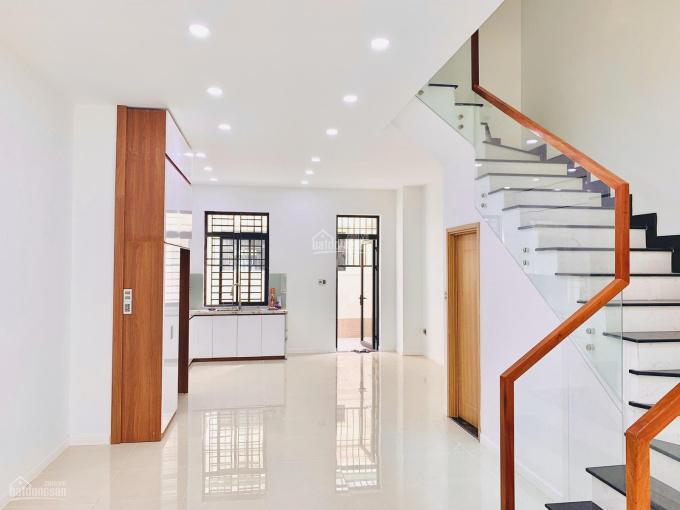 Cho thuê nhà phố 5x20m MT đường đẹp giá 25tr/th. Hoàn thiện thuận tiệm mở văn phòng: 0942919386 ảnh 0