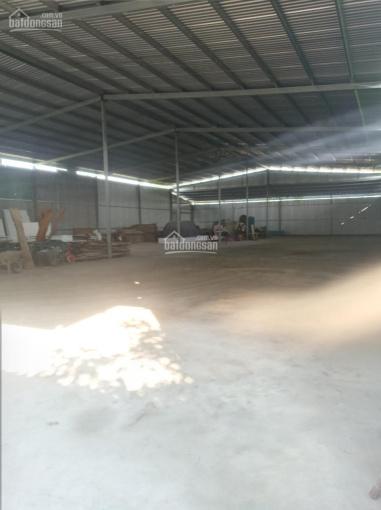 Cho thuê nhà xưởng 450m2, 31 triệu/1th, đường Võ Chí Công, P. Phú Hữu, Quận 9