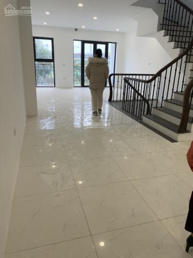 Cho thuê nhà đường Kim Giang, Thanh Xuân, Hà Nội DT 100m2 4 tầng nhà đẹp giá 18tr/th. LH 0356766550 ảnh 0