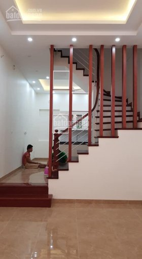 Cho thuê nhà riêng ngõ 113 Hoàng Cầu, ngõ ô tô tải đỗ cửa, diện tích 60m2 x 5 tầng, giá 17 tr/th ảnh 0