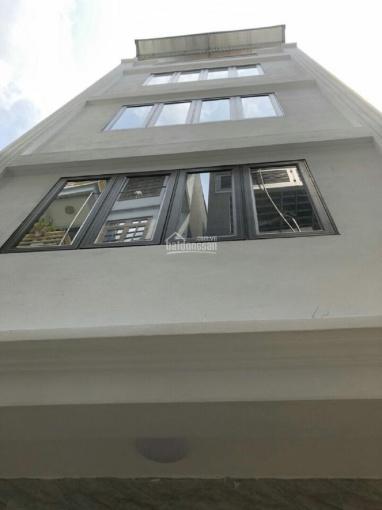 Cho thuê nhà tòa nhà đường Lê Văn Lương, 120m2*8 tầng + 1 hầm, căn góc, sàn thông, thang máy ảnh 0