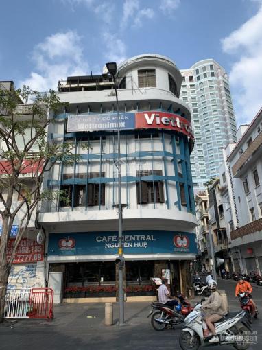 Cho thuê tòa nhà 10x30m 3 lầu Nguyễn Huệ, Bến Nghé Q1 400tr 0915924567 ảnh 0