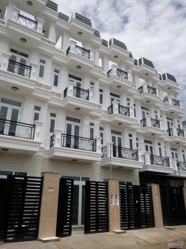 Nhà mới xây SHR cuối Nguyễn Oanh - Hà Huy Giáp 4x16m xây 4 tầng, gần chợ, đường 12m ảnh 0