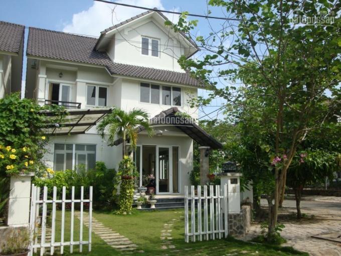 Bán biệt thự Tuyết Anh ven sông Sài Gòn, 250m2, 3 tầng, full nội thất, giá chỉ 5tỷ35 ảnh 0
