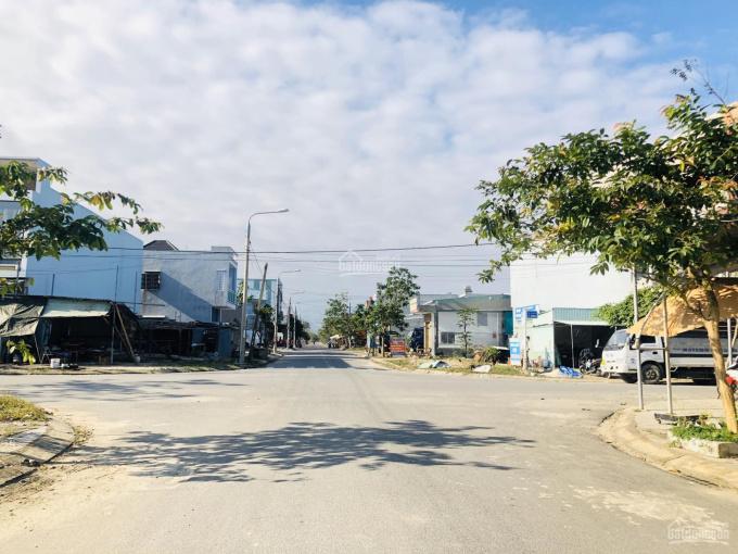 Chính chủ bán gấp lô đất 100m2 cách Nguyễn Tất Thành nối dài 50m, view TTTM. LHCC: 0935.148.573 ảnh 0