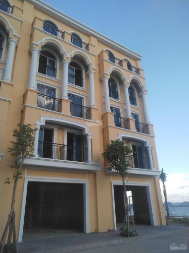 Cần tiền bán gấp căn liền kề mặt đường Hoàng Quốc Việt 94m2, xây 5 tầng, view hồ, cách Lotte 100m ảnh 0