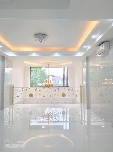 Cho thuê nhà hẻm 8m 150 đường Nguyễn Trãi cách mặt tiền 1 căn nhà gần Zen Plaza, ngã 6 Phù Đổng ảnh 0