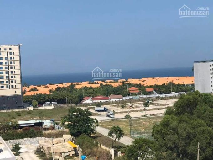 Bán biệt thự Nguyễn Lâm, Thọ Quang, Đà Nẵng. Vị trí sát biển đường lớn biệt thự có hồ bơi và đầy đủ