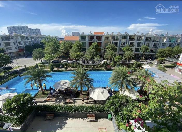 Chính chủ bán chung cư cao cấp Him Lam Phú Đông 65m2, 2 phòng ngủ, 2 toilets
