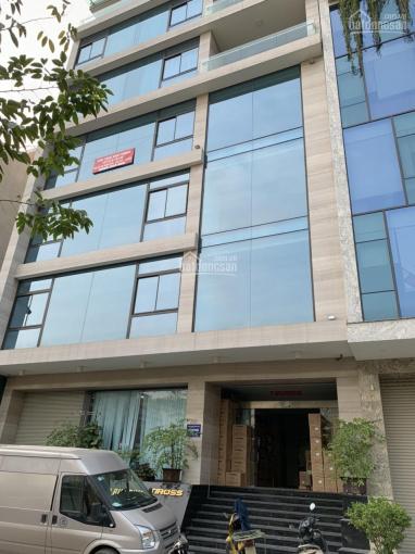 Cho thuê 4 tầng tòa nhà 6 tầng MP Tố Hữu, DT 110m2/ sàn, thông sàn, thang máy, tiện KD. Giá 45tr/th ảnh 0