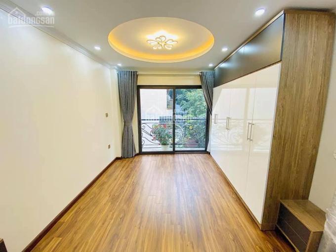 Bán nhà Dịch Vọng, 41m2 5 tầng mới xây 2 mặt thoáng, ô tô đỗ cách vài mét, đầy đủ nội thất ở luôn ảnh 0
