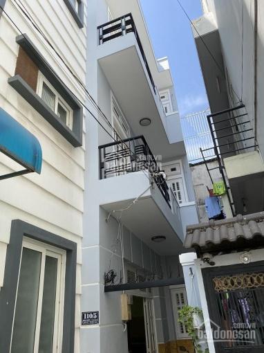 Cho thuê nhà nguyên căn P14, Q4, hẻm an ninh, DT 50m2, DTSD 150m2, 4PN, phòng khách, nhà bếp, 3WC ảnh 0