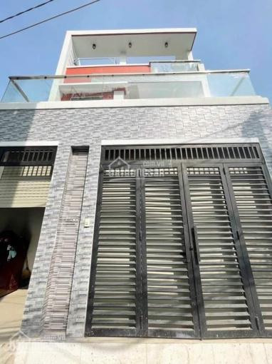 Bán nhà 2 lầu, giá 5,7 tỷ, đường Lê Văn Thịnh rẻ vào, quận 2. LH: 0902126677 ảnh 0