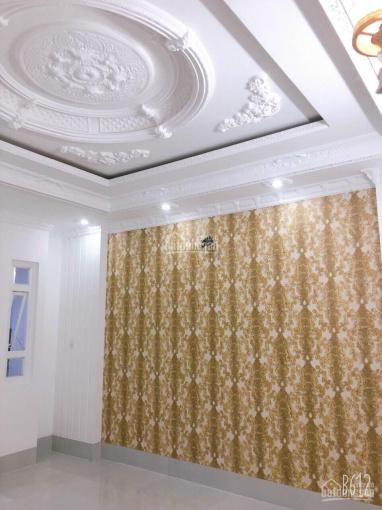 Kẹt tiền bán thu hồi vốn nhà 2 lầu mặt tiền đường Phan Huy Chú, nhà mới cao cấp. Giá 4.5 tỷ ảnh 0
