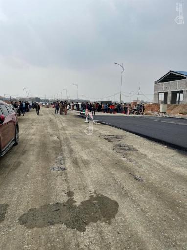 Kiot Thổ Tang đường 33m, sánh ngang kiot chợ Ninh Hiệp vừa mới ra hàng. LH: 096.5555.933 ảnh 0