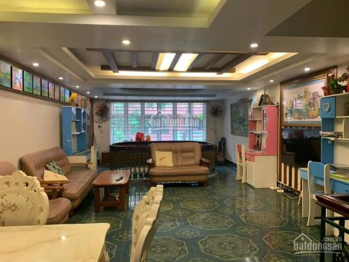 Cho thuê nhà 1 trệt, 2 lầu, TTTM, P7, Tp Vũng Tàu, 5mx20m, full nt, LH: 0931255188
