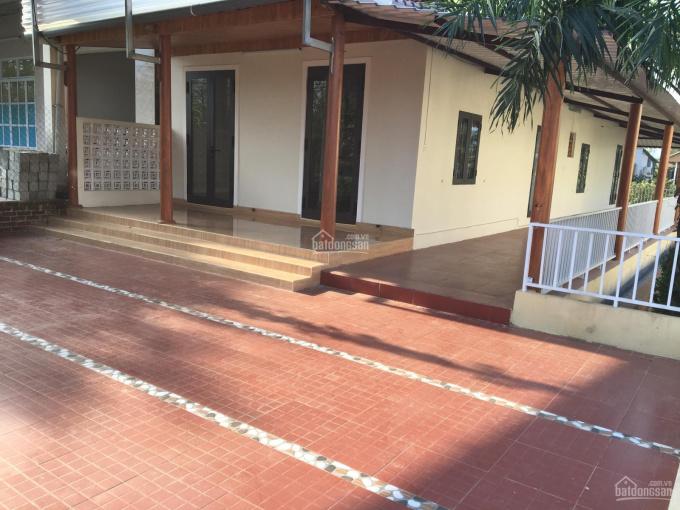 Cho thuê nhà mới nguyên căn ngay trung tâm thị trấn Cam Lộ