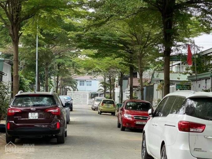 Bán nhà phố liên kế vườn EHome 4 - Bắc Sài Gòn, Số 17, 1 cặp đang kinh doanh cà phê ảnh 0