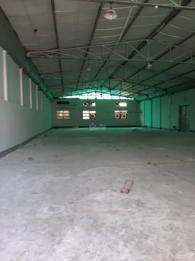 Cho thuê xưởng 1200m2, cách Quốc lộ 1A 200m