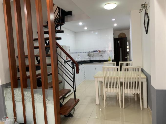 Xuất cảnh bán nhà đẹp hướng Đông, hẻm 3m trung tâm Q1 (tiện cho thuê) ảnh 0