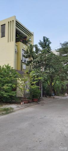 Bán đất 5x18 sổ hồng 90m2 - Khu biệt thự ven sông - Đường 23 Phạm Văn Đồng - Gần Gigamall ảnh 0