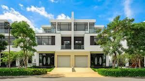Nhận mua bán ký gửi Lucasta, chính chủ bán căn song lập Lucasta 230m2, full nhà thô, gọi 0982667473 ảnh 0