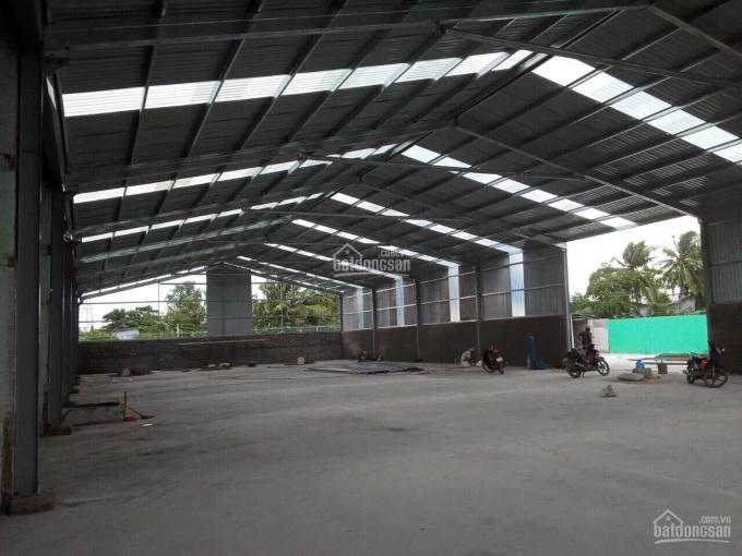 Bán nhà xưởng trong diện tích 7,300m2, mặt tiền QL1A, Tân An, Long An