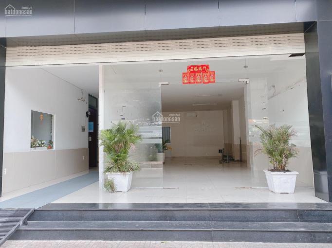 Mặt bằng năm ở MT đường lớn ngay cầu Nguyễn Văn Cừ. Thích hợp mọi ngành nghề hoặc VPCT showroom ảnh 0
