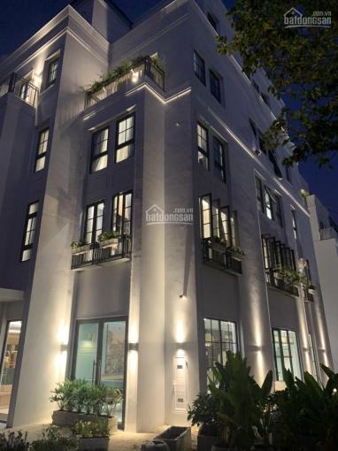 Shophouse phố đi bộ xuyên đêm, hồ ánh sáng gần Sân bay Quốc tế Cần Thơ Stella Mega City 0944581594
