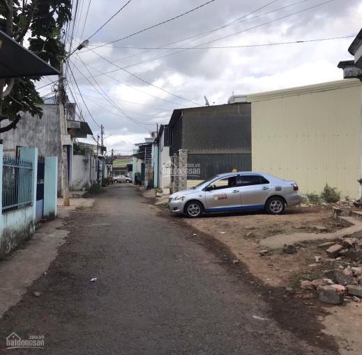 Hàng nóng hổi - bán đất 2MT HXH 6m Ngô Gia Khảm, Phường Phù Đổng, thành phố PleiKu, Gia Lai ảnh 0