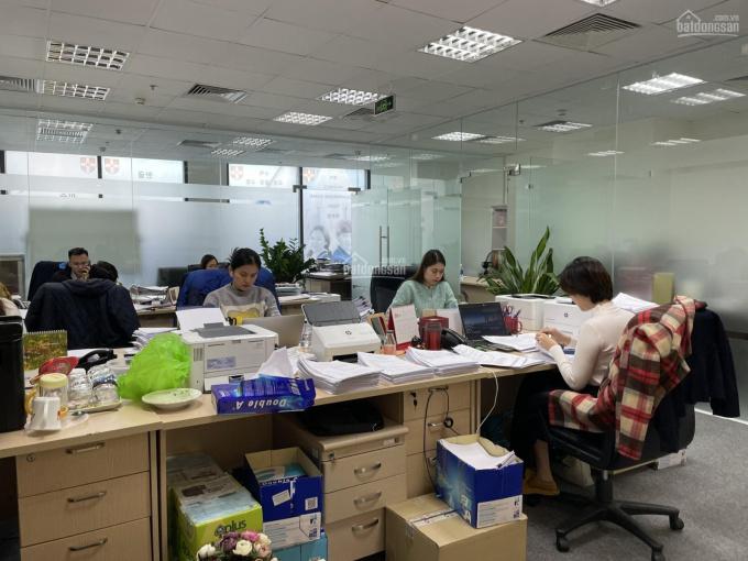 Chính chủ bán sàn văn phòng lô 05 tầng R2 Royal City, Hà Nội