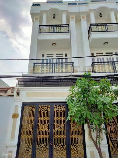 Nhà cao cấp kế bên Giga Mall Phạm Văn Đồng DT 4.3x22m, 3 lầu 4PN, 5WC, sân xe hơi - sổ hồng riêng ảnh 0