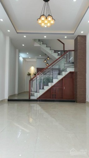 Nhà 1 trệt 2 lầu ngay KDC hiện hữu Võ Văn Hát, Long Trường ảnh 0