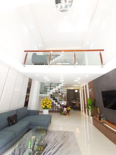 Bán nhà tại trung tâm Tân Phước Khánh, 2 tầng 2 PN, dân trí cao - an ninh. Giá 2 tỷ (thương lượng) ảnh 0