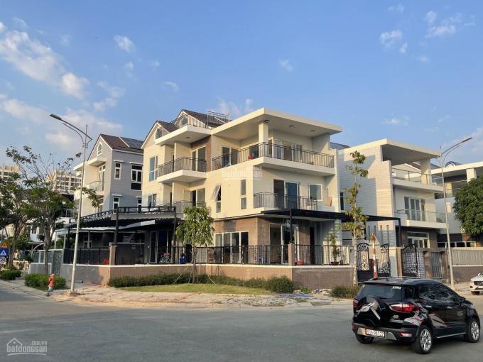 Cho thuê biệt thự & nhà phố Quận 7 - Diện tích 7.4x18m, 5.2x20m giá 26 triệu/tháng. LH 0901424***