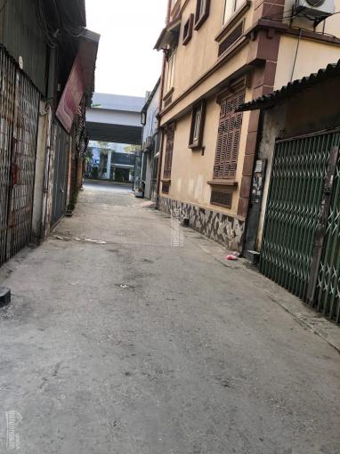 Mảnh đất 39m2 ngõ 307 Phạm Văn Đồng, cách đường lớn 20m, ngõ to ô tô đỗ cách nhà 10m ảnh 0