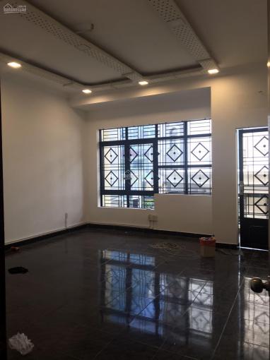 Nhà HXH đường Ung Văn Khiêm 5.5x20m trệt lửng 3 lầu ST (9PN - 5WC) ảnh 0