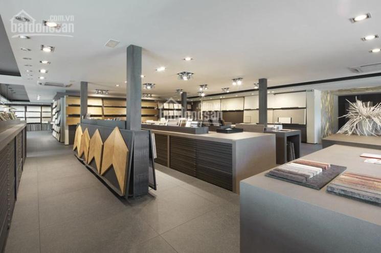 Nhà mặt tiền Nguyễn Sơn, Tân Phú 10x28m trống suốt thích hợp showroom, ngân hàng, nhà hàng ảnh 0