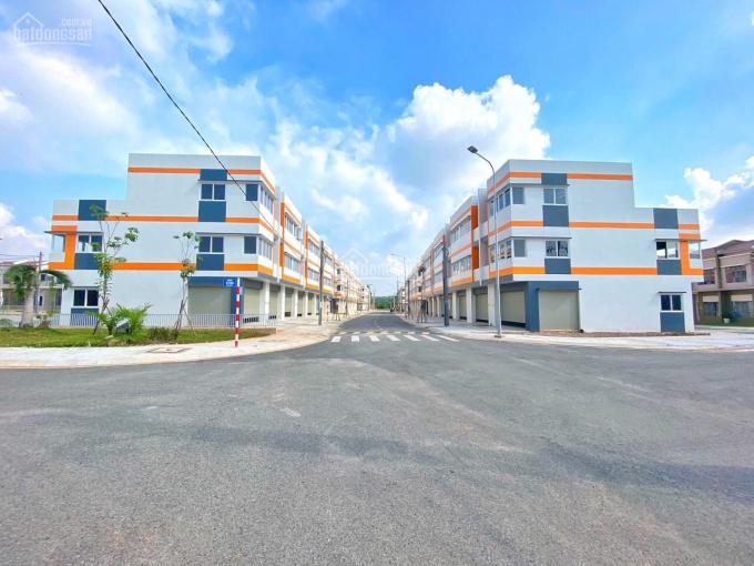 Bán nhà 3 tầng kế bên trường đại học quốc tế Việt Đức gần trung tâm thương mại & chợ ảnh 0