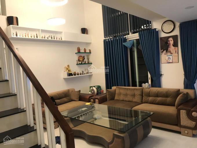 3PN Duplex Vista Verde, full nội thất, tầng trung, view nội khu, giá chỉ 5.6 tỷ. LH 0938390795 Thúy